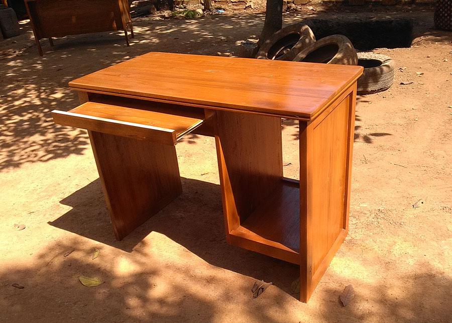 meja komputer kayu jati